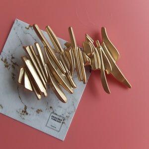 Brushed Metal Irregular Lines Art Hair Clip Gold